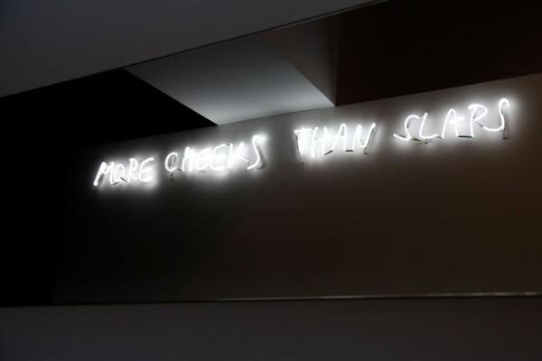 Mircea Cantor, laureat al premiului Marcel Duchamp 2011: