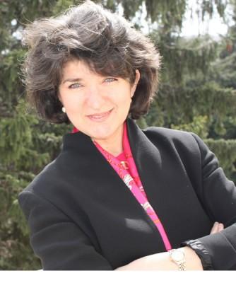 Sandra Pralong, coordonatoarea volumului De ce m-am intors in Romania: