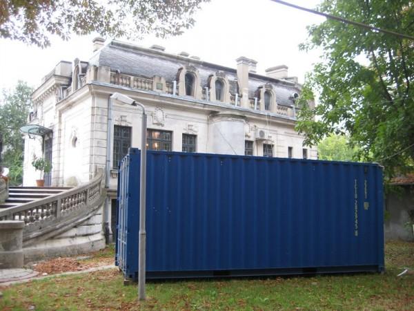 """""""Import/Export"""" in curtea Muzeului """"George Enescu"""""""