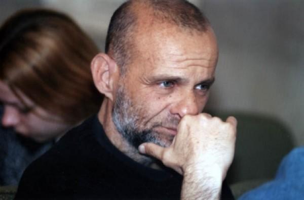 """Radu Aldulescu participa la rezidentele """"Artisnest"""" 2011"""