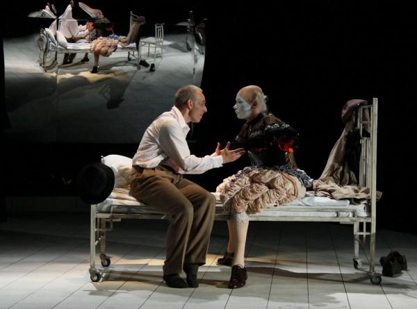 Teatrul German reia spectacolul <em>Neintelegerea</em>