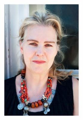 Talk: Catherine de Zegher - Geta Bratescu: A Studio of One's Own