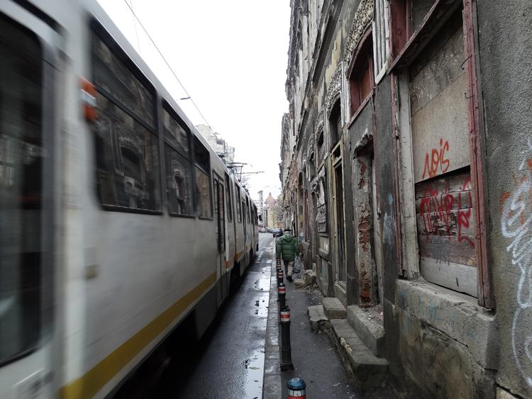 Bucureștiul captiv