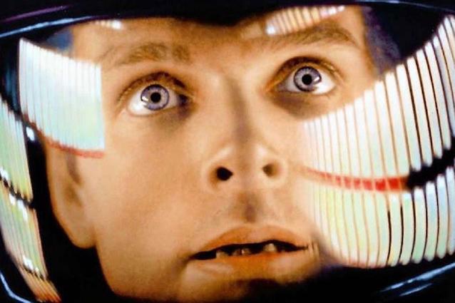 """Christopher Nolan despre Stanley Kubrick și propriile filme: """"<i>2001: A Space Odyssey</i> mi-a dat senzația că cinemaul nu are limite"""""""