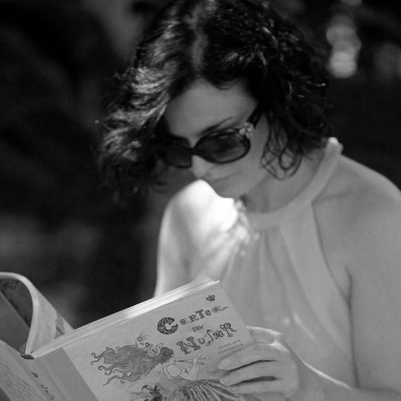 """Interviu cu scriitoarea și ilustratoarea Svetlana Dorosheva: """"Să desenez e un drog, să scriu e o plăcere"""""""