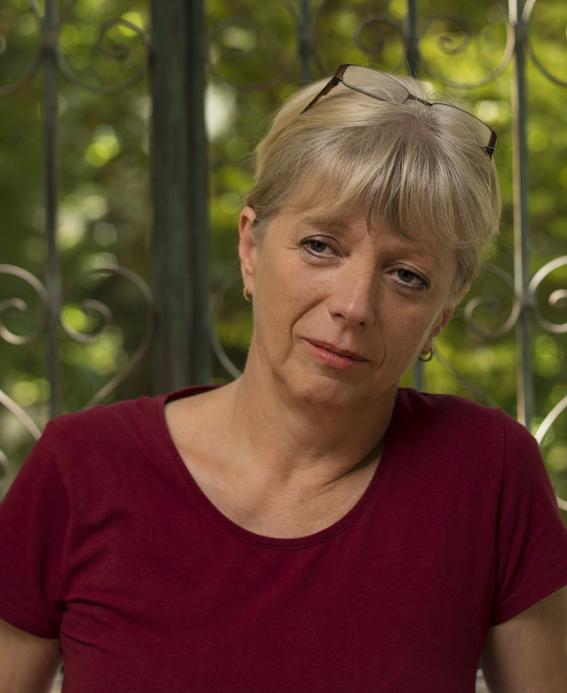 """Interviu cu traducătoarea Mariana Bărbulescu: """"Mi-aș dori ca truda traducătorului să fie respectată"""""""