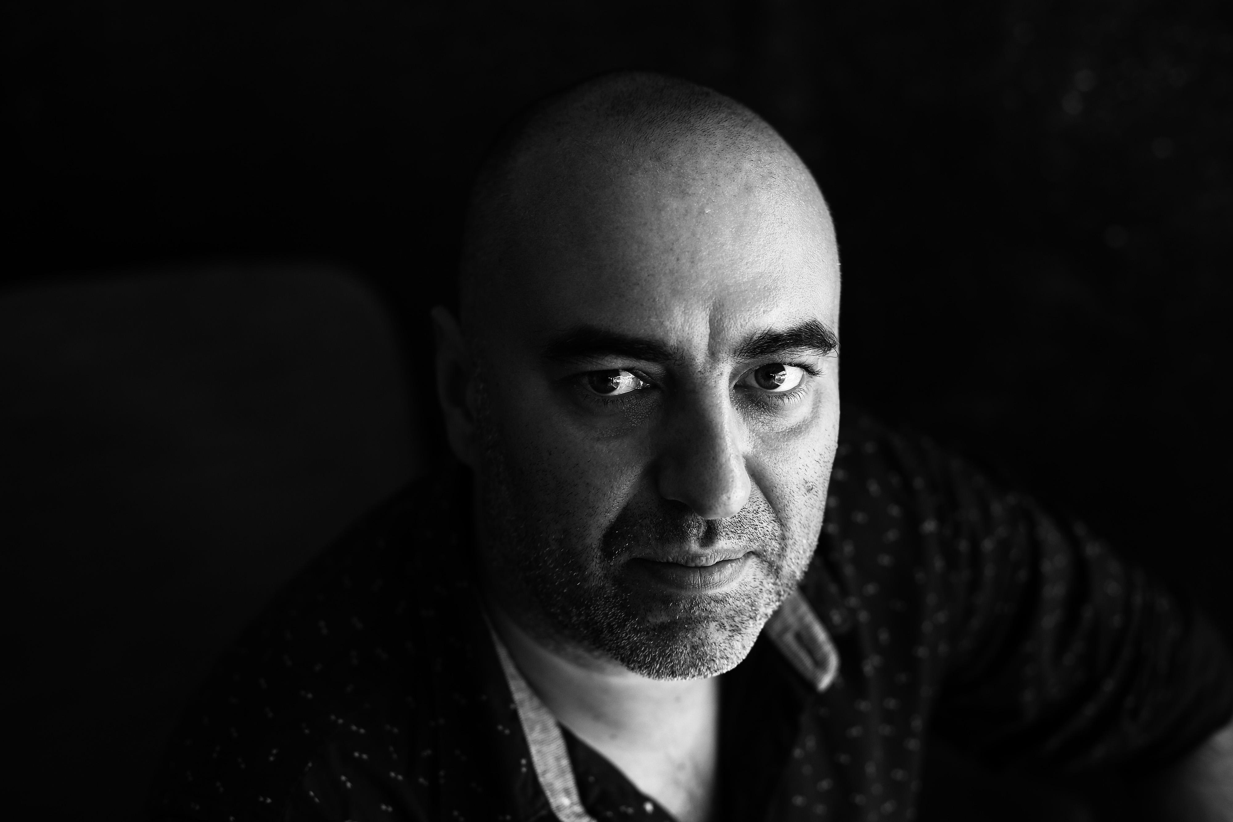 """Interviu cu scriitorul și traducătorul Bogdan-Alexandru Stănescu: """"Cred că aș putea renunța la scris, însă la traducere niciodată"""""""