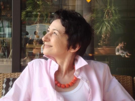 Marta Petreu – <i>Acasa, pe Cimpia Armaghedonului</i>