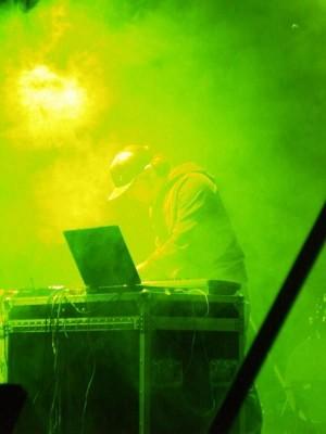 Post-rock la Baia Turceasca si performance electronic in Brain