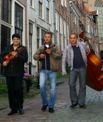 <i>Sint o baba comunista!</i> de Dan Lungu, pe scena Teatrului Bouwkunde din Olanda